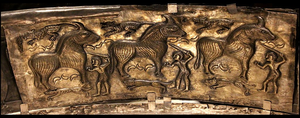 Big Unicorn And Knights In Antiquity